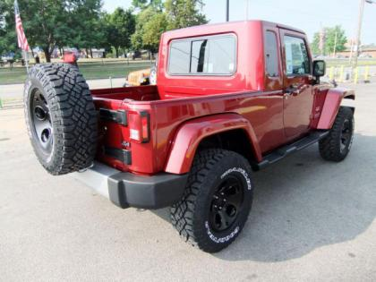 2012 JEEP WRANGLER UNLIMITED - RED ON BLACK 4