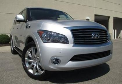2012 INFINITI QX56 AWD - SILVER ON BEIGE