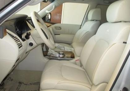 2012 INFINITI QX56 AWD - SILVER ON BEIGE 8