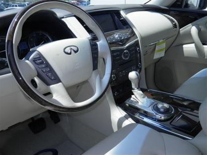 2012 INFINITI QX56 BASE - WHITE ON BEIGE 5