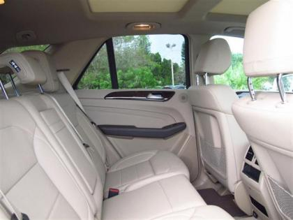 2012 MERCEDES BENZ ML350 4MATIC - WHITE ON BEIGE 8
