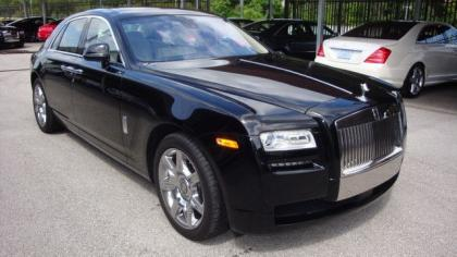 2012 ROLLS-ROYCE GHOST BASE - BLACK ON WHITE