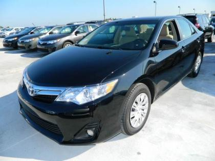 2012 TOYOTA CAMRY LE - BLACK ON BEIGE 2