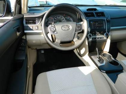 2012 TOYOTA CAMRY LE - BLACK ON BEIGE 4