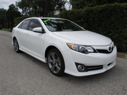 2012 TOYOTA CAMRY SE - WHITE ON BLACK 1