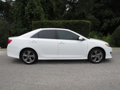 2012 TOYOTA CAMRY SE - WHITE ON BLACK 2