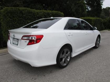 2012 TOYOTA CAMRY SE - WHITE ON BLACK 3