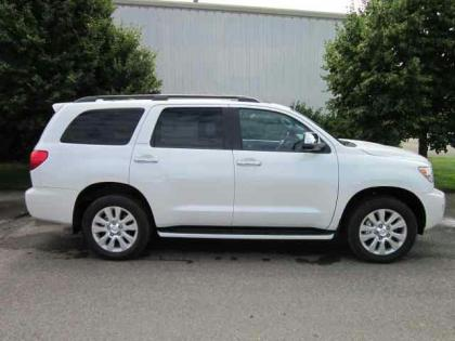 2012 TOYOTA SEQUOIA PLATINUM - WHITE ON GREY 3