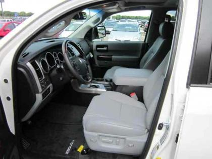 2012 TOYOTA SEQUOIA PLATINUM - WHITE ON GREY 5