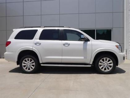 2012 TOYOTA SEQUOIA PLATINUM - WHITE ON GRAY 3