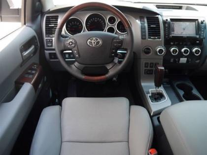 2012 TOYOTA SEQUOIA PLATINUM - WHITE ON GRAY 5