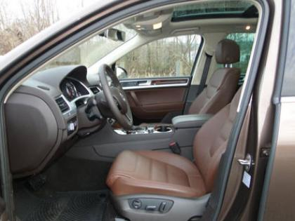 2012 VOLKSWAGEN TOUAREG TDI - BROWN ON BROWN 6