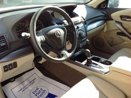 2013 ACURA RDX TECH PACKAGE - WHITE ON BEIGE 4