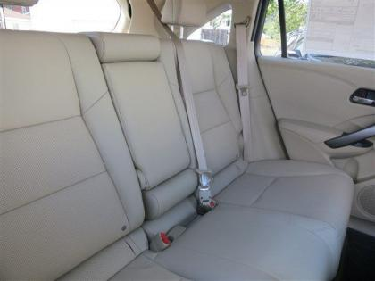 2013 ACURA RDX BASE - WHITE ON BEIGE 8