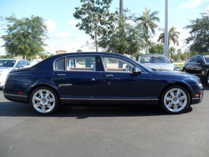 2013 BENTLEY CONTINENTAL FLYING SPUR - BLUE ON WHITE 3