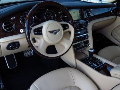 2013 BENTLEY MULSANNE BASE - BLACK ON BEIGE 6