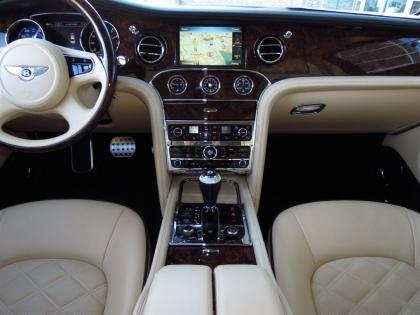 2013 BENTLEY MULSANNE BASE - BLACK ON BEIGE 7