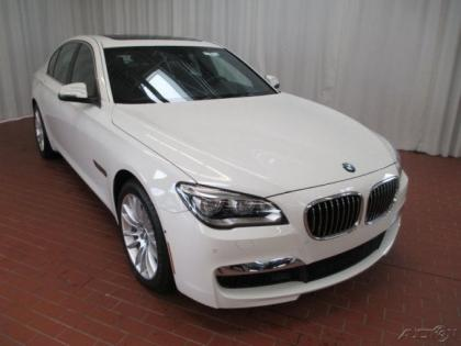 2013 BMW 750 I  XDRIVE - WHITE ON BLACK
