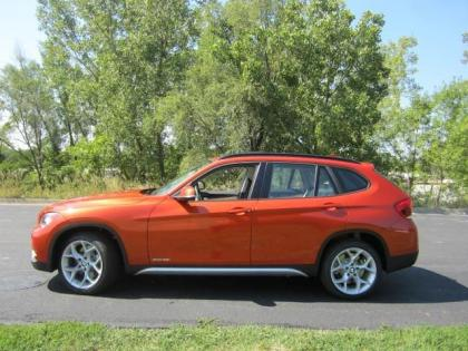 2013 BMW X1 XDRIVE35I - ORANGE ON OYSTER 2