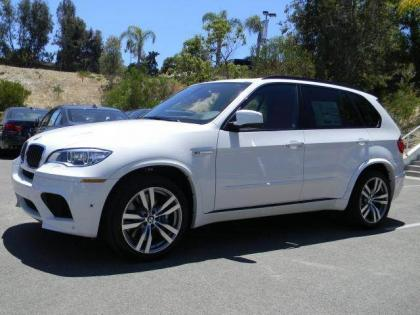 2013 BMW X5 M - WHITE ON RED 1