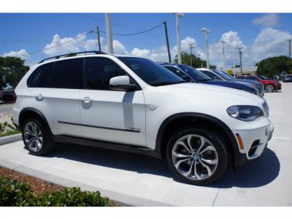 2013 BMW X5 XDRIVE50I - WHITE ON BLACK
