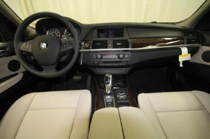 2013 BMW X5 XDRIVE35I - RED ON BEIGE 4