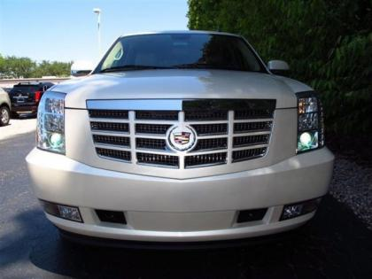 2013 CADILLAC ESCALADE HYBRID BASE - WHITE ON BEIGE 2