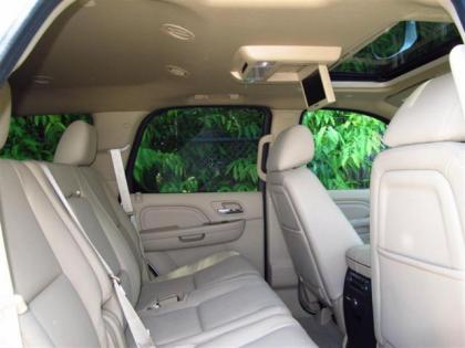 2013 CADILLAC ESCALADE HYBRID BASE - WHITE ON BEIGE 8