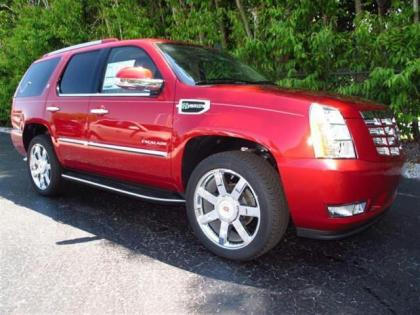 2013 CADILLAC ESCALADE HYBRID BASE - RED ON BEIGE