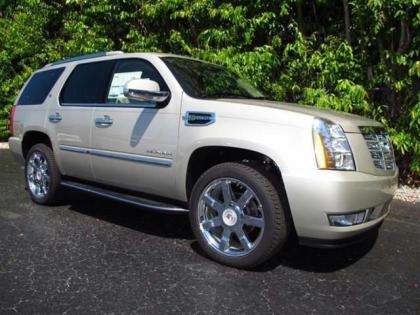 2013 CADILLAC ESCALADE HYBRID BASE - BRONZE ON BEIGE