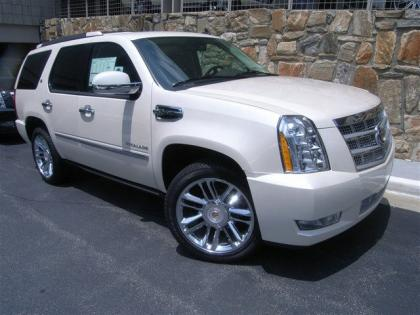 2013 CADILLAC ESCALADE HYBRID PLATINUM EDITION - WHITE ON BLACK