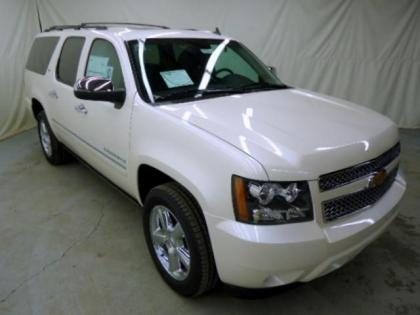 2013 CHEVROLET SUBURBAN 1500 LTZ - WHITE ON BLACK