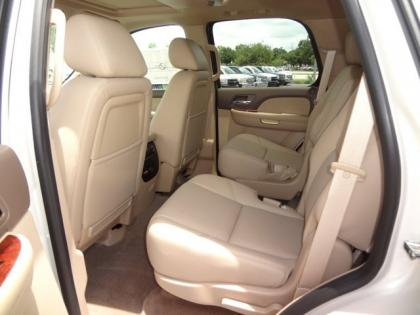 2013 CHEVROLET TAHOE LTZ - WHITE ON BEIGE 6
