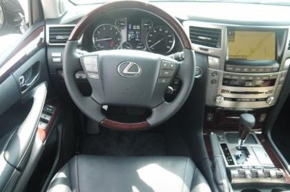 2013 LEXUS LX570 BASE - BLACK ON BLACK 4