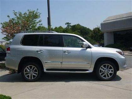 2013 LEXUS LX570 BASE - SILVER ON BEIGE 3