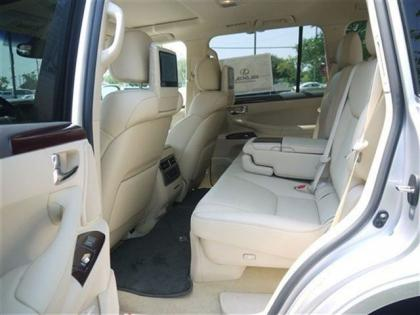 2013 LEXUS LX570 BASE - SILVER ON BEIGE 6