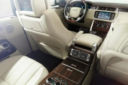2013 LAND ROVER RANGE ROVER BASE - BLACK ON WHITE 7