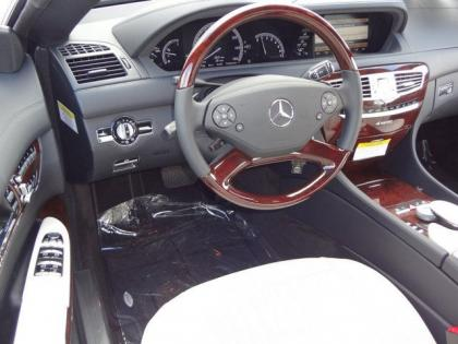 2013 MERCEDES BENZ CL550 4MATIC - BLACK ON WHITE 6
