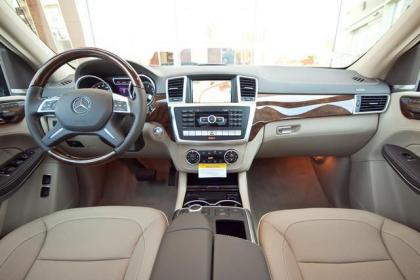 2013 MERCEDES BENZ GL550 4MATIC - GREY ON BEIGE 5