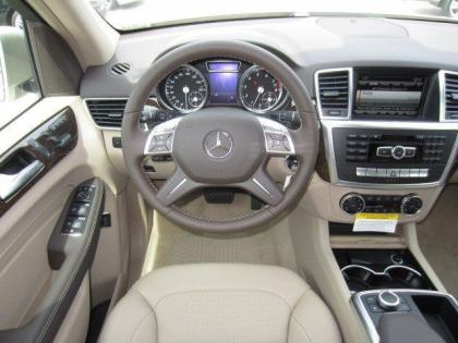 2013 MERCEDES BENZ ML350 4MATIC - BEIGE ON BEIGE 5