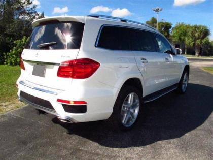 2013 MERCEDES BENZ GL550 4MATIC - WHITE ON BEIGE 3