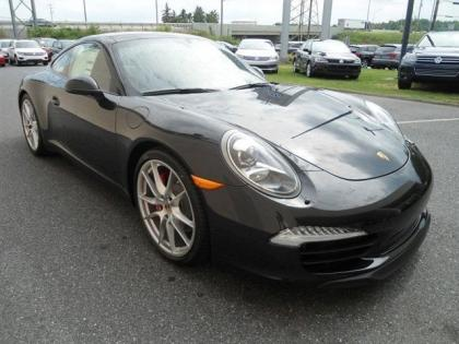 2013 PORSCHE 911 CARRERA S - BLACK ON BLACK
