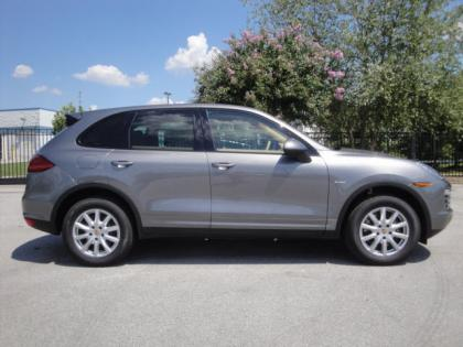 2013 PORSCHE CAYENNE DIESEL - GRAY ON BEIGE 2