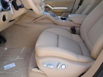 2013 PORSCHE CAYENNE DIESEL - GRAY ON BEIGE 6