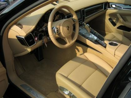 2013 PORSCHE PANAMERA 4 - BLACK ON BEIGE 5