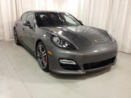 2013 PORSCHE PANAMERA GTS - GRAY ON BLACK
