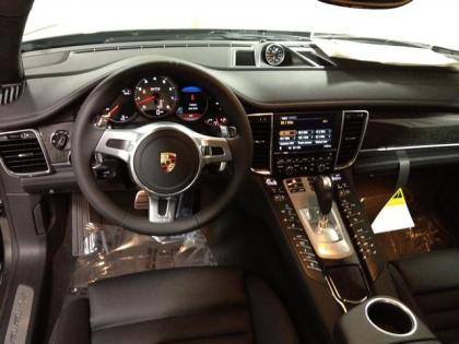 2013 PORSCHE PANAMERA GTS - GRAY ON BLACK 6