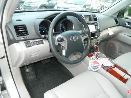 2013 TOYOTA HIGHLANDER HYBRID LIMITED - SILVER ON GRAY 5