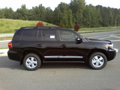 Export New 2013 Toyota Land Cruiser V8 Black On Black