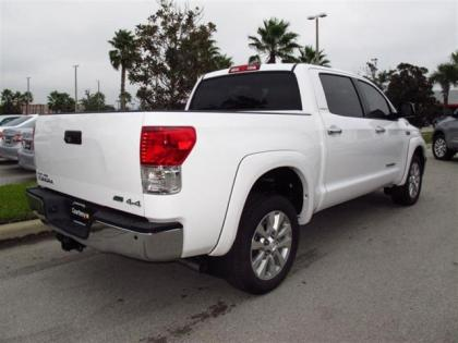 2013 TOYOTA TUNDRA PLATINUM - WHITE ON GRAY 3